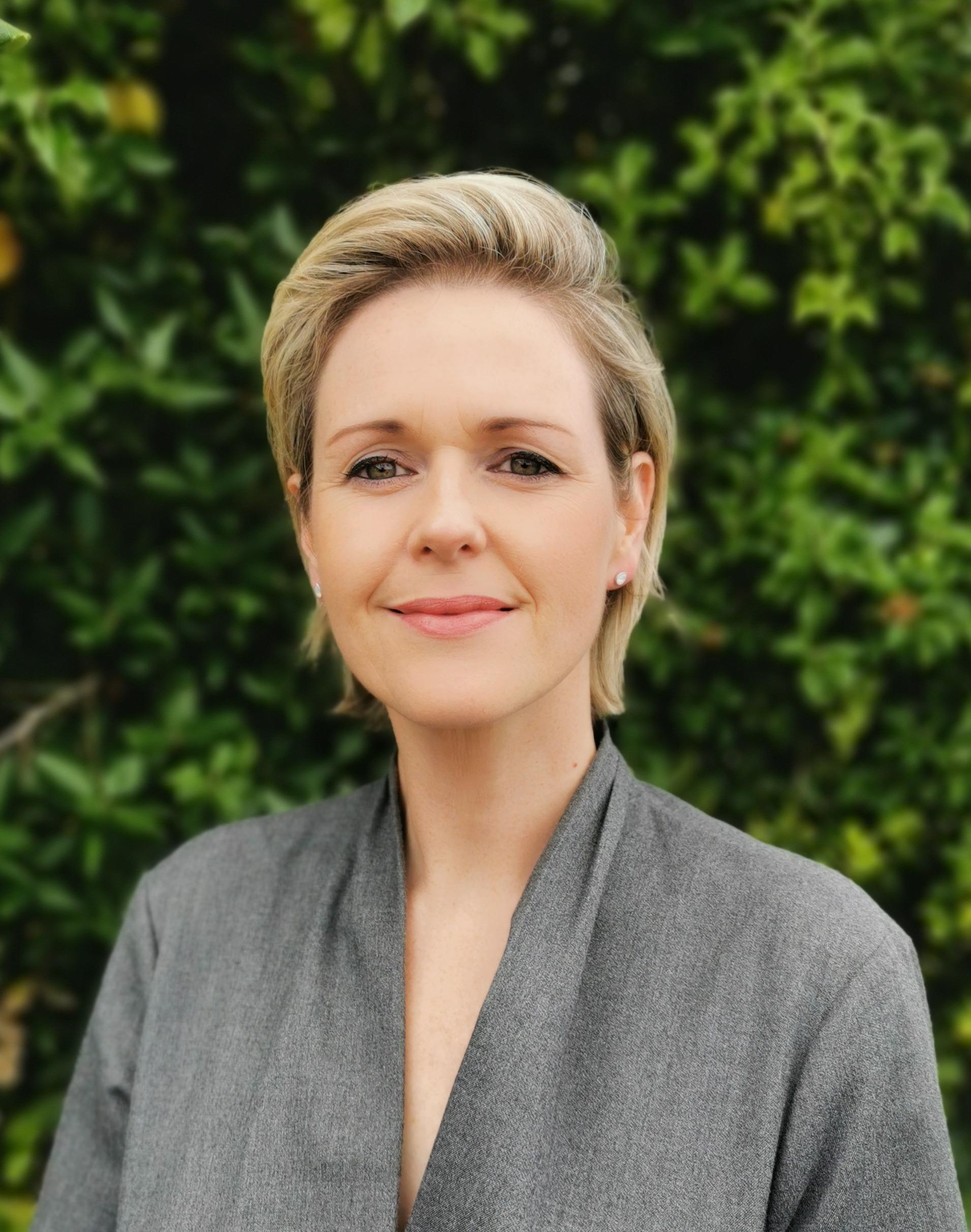 Helen Irish